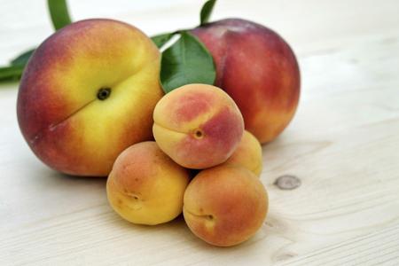 Baiser-Pfirsich mit Schwips